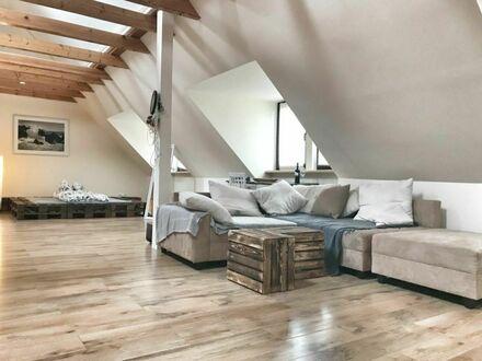 Individuell gestaltete, loftartige Wohnung im Schanzenviertel | Cosy apartment in perfect location