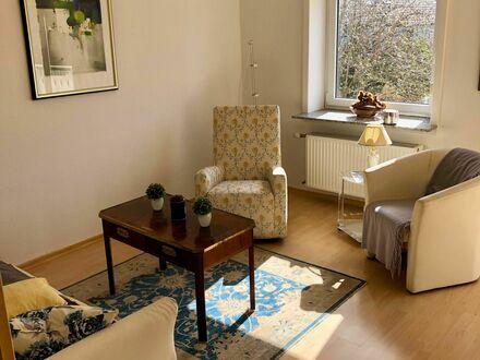 Schickes, liebevoll eingerichtetes Zuhause in lebendiger Straße, Wiesbaden | Fantastic, spacious suite near school, Wiesbaden