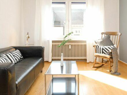 Helle, wunderschöne Wohnung am Dellplatz | Cozy, bright suite in Duisburg- Dellviertel