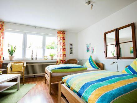 Voll möblierte Ferienwohnung Nattkamp, liebevoll eingerichtet in Oberhausen-Buschhausen für 2-4 Personen | Fully-furnished…