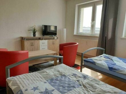 Feine 2-Raum-Wohnung auf Zeit   Lovely 2 room apartment