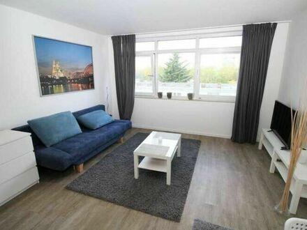 Modernes, lichterfülltes Apartment nahe des Rheincenters mit Stellplatz in Weiden | Modern, light-filled apartment near the…