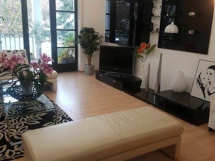 Helle & schöne Wohnung in Offenbach Westend ( Stadtgrenze zu Frankfurt ) | Bright & beautiful apartment in Offenbach Westend…