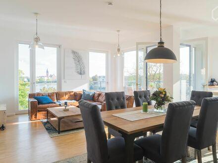 Bild_Luxuriöse Wohnung mit Balkon am Wasser | Luxury Flat with Balcon at the Water