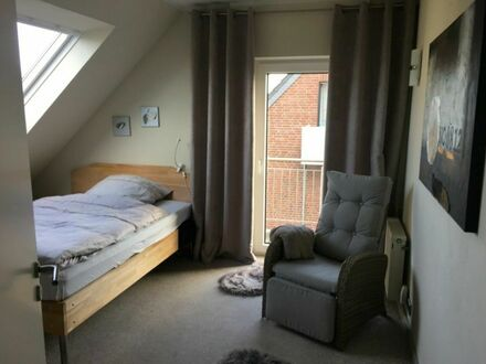 Liebevoll eingerichtete Wohnung mit Balkon und Ausblick ins Grüne in Mönchengladbach | Lovingly furnished apartment with…