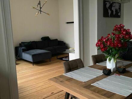 Zentrale Altbauwohnung auf Zeit in Eppendorf | Nice and central flat in Eppendorf for short term rent