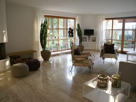 Großzügige, helle Wohnung mit gepflegtem Garten und Garage | Awesome, great flat with big garden plus garage