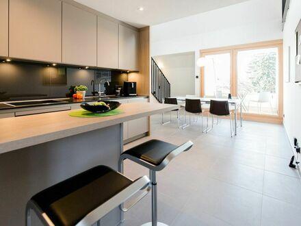 Moderne Maisonette Wohnung mit 3 Schlafzimmern und 2 Bädern zentral in München | Modern Maisonette apartment with 3 bedrooms…