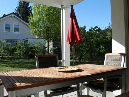 Schicke 5-Zimmer Wohnung mit 220 m2 Garten | Fantastic, nice home conveniently located