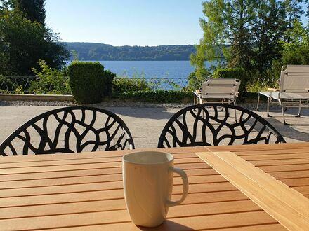 Fantastisches 3,5 Zimmer Wohnung mit eigenem Steg am Starnberger See | Living at the lake