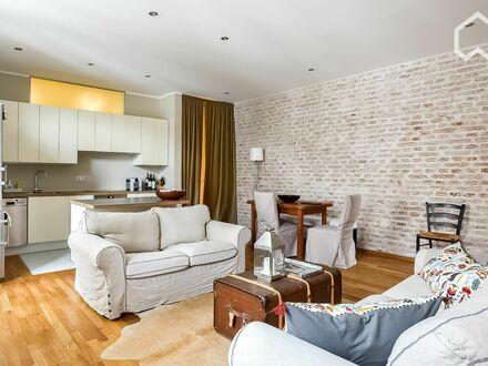Zauberhafte 3 Zimmer Wohnung in der Isarvorstadt - top saniert und möbliert | Charming 3 room apartment in Isarvorstadt -…