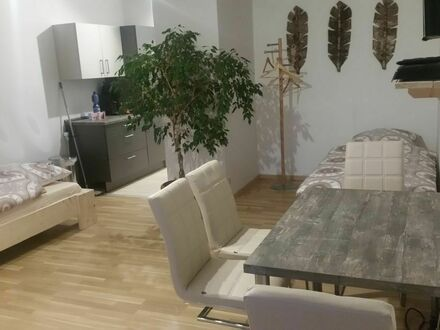 Ruhige charmante 1-Zimmer Wohnung mit Garagenstellplatz in Durmersheim | Quiet charming 1-room apartment with garage pa…