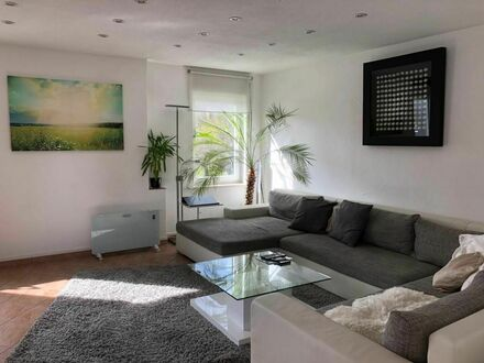 Moderne und wunderschöne Wohnung nahe Stuttgart (Neckartailfingen) | Modern and wonderful apartment near Stuttgart (Neckartailfingen)