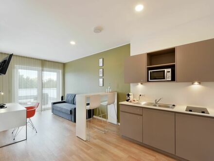 Charmantes Serviced Apartment mit großem Balkon & wöchentlicher Reinigung | Charming Serviced Apartment with large balcony…