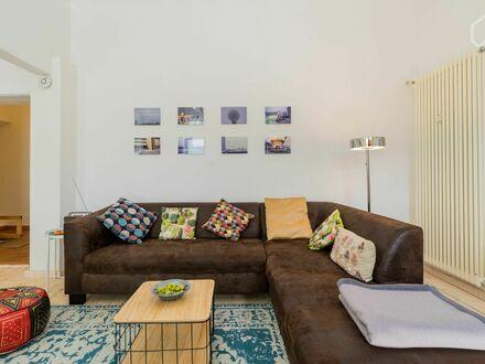 Berlin-Kreuzberg: Charmante Wohnung mit Terrassenzugang   Berlin-Kreuzberg: Charming apartment with terrace access
