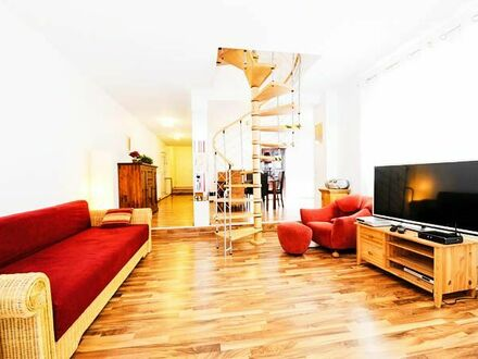 Großartiges Studio Apartment in Top-Lage mit Balkon | Neat home in vibrant neighbourhood with balcony