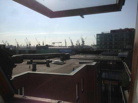 Wohnung am Hamburger Fischmarkt mit Elbblick | New, neat suite in Hamburg Altona / Fischmarkt