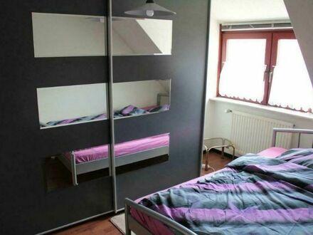 Modernes und häusliche Dachgeschosswohnung in Walle - gute Anbindung | Quiet, cozy home in Walle with good connection