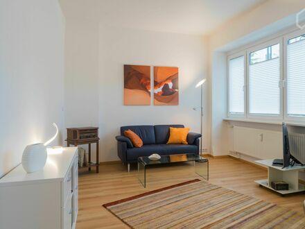 Neu renovierte Wohnung für erholsames Wohnen am Roseneck (Schmargendorf) | Wonderful and bright studio in Wilmersdorf