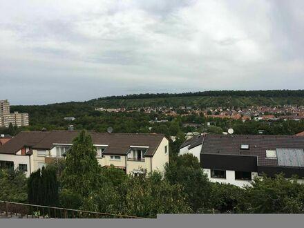 Schöne 2 Zi-DG Wohnung in Stuttgart-Feuerbach, ruhige Hanglage, komplett möbliert | Beautiful 2 room apartment in Stuttgart-Feuerbach,…