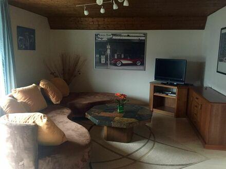 Gemütliche Dachgeschoss Wohnung in Sankt Augustin nahe Köln | Comfortable apartment in excellent location in Sankt Augustin…