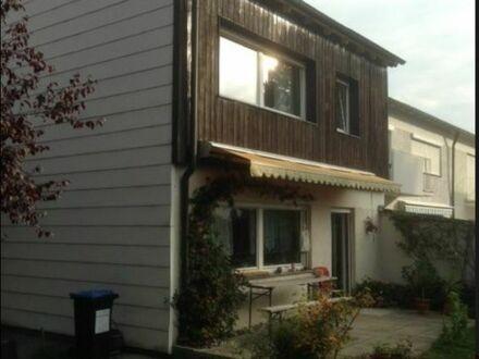 Wunderschönes, helles Haus mit Garten. Bestlage Neuried | Lovely House in Neuried