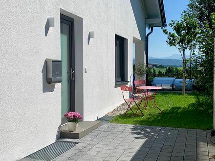 Wundervolle neuwertig Wohnung | Nice, charming flat in excellent location