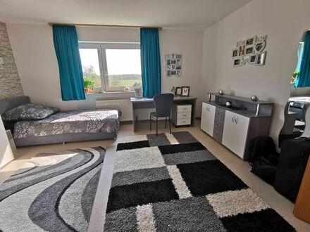 1 Zimmer Appartment möbliert mit Küche Bad WC TV und Wlan für 1 bis 3 Personen | Neat & pretty studio in popular area