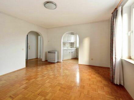 Großzügige 1-Zimmer-Wohnung im Zentrum von Essen   Spacious 1 room apartment in the centre of Essen