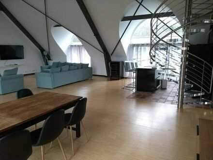 Luxus pur, grosses Loft in Bonn Kessenich mit Ausblick ueber ganz Bonn | Spacious loft in Bonn Kessenich with stunning views