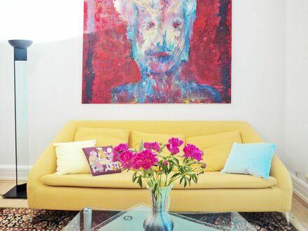 Stilaltbau nobelstes Westend 3Zi Balkon Gäste-WC 76 qm Designermöbel 1 km bis Stadtzentrum und Messe | Luxury flat in noble…