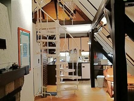 Gemütliche, großartige Dachgeschoss / Maisonette Wohnung in Frankfurt am Main   Neat & charming home in Frankfurt am Main