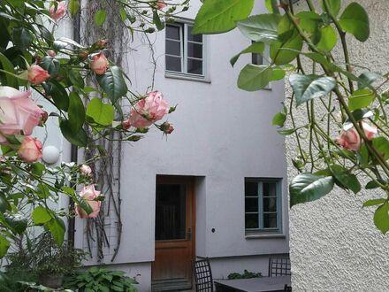 Münchenpendler zentral ruhig Augsburg Altstadt | Quiet apartment in Augsburg old town