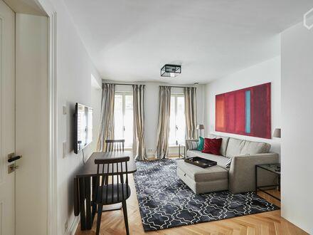 Erstbezug! Hochwertig möblierte zwei Zimmer Wohnung in Lindenthal | Neat, charming apartment in Köln