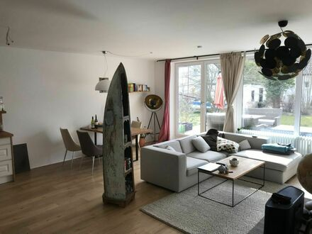Sonnige Terrassenwohnung in ruhiger Lage | Bright and awesome home in the heart of town