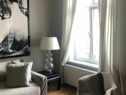 Wunderschönes & stilvolles 2 Zimmer Appartement in Rothenbaum/ Harvestehude | Awesome, beautiful apartment in excellent location