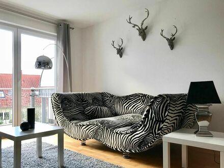 4 Room Business Maisonette Wohnung über 2 Etagen mit 2 Bädern, Fussbodenheizung, Tiefgaragenplatz und Balkon | Modern studio…