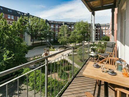 Erstbezug: stilvoll renovierte und luxuriös ausgestattete Design-Altbau-Wohnung in St. Georg | First occupancy: stylishly…