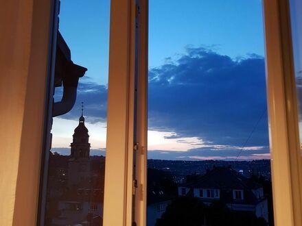 3-Zi.-wohnung in Stuttgart, renovierter Altbau mit Blick über Stuttgart | 3-room apartment in Stuttgart, renovated old building…