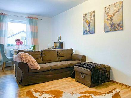 Charmante Wohnung mit Mansarden-Schlafzimmer 60qm | Charming apartment with attic bedroom 60sqm