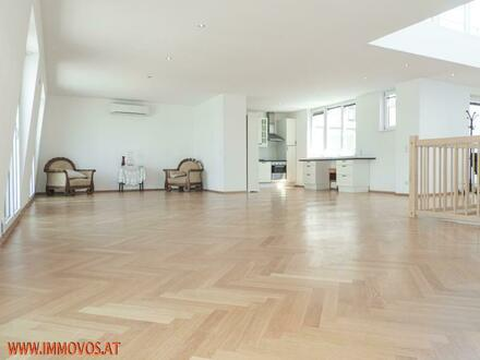 Exklusive Dachgeschossmaisonette // 4 Zimmer // Terrasse // City