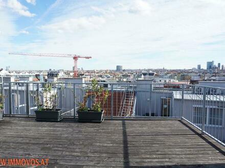 Starry Skies auf Ihrer neuen Traum-Terrasse: Herrlicher Panoramablick von 2 Zimmer DG-Wohnung in U-Bahn-Nähe