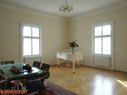 Elegant classic old-style apartment with 3 to 4 rooms in splendid turn-of-the-century building near Ringstraße
