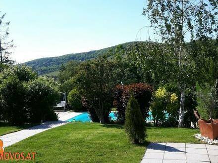 Der nächste Sommer kommt bestimmt: Genießen Sie Ihre Freizeit entspannt am Pool Ihrer exklusiv-modernen Garten-Vila in Neustift