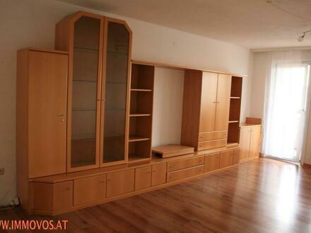 HELLE 3 Zimmer-Wohnung im 6. Liftstock mit Loggia und Fernblick