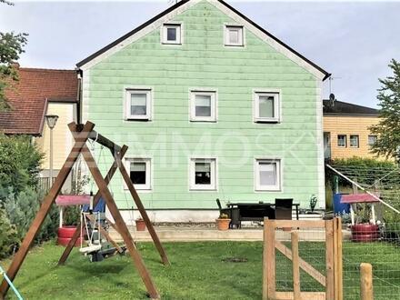 Platz für die Großfamilie - gut erhaltener Altbau sofort beziehbar!