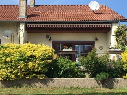 Herrlicher Garten - große Terrasse - Ruhelage!