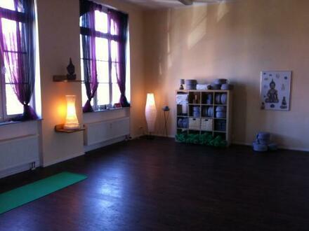 Yogaraum - Übungsraum für Workshops, Körperarbeit, Yoga, Ballett, Zumba, Fitness, etc zu vermieten