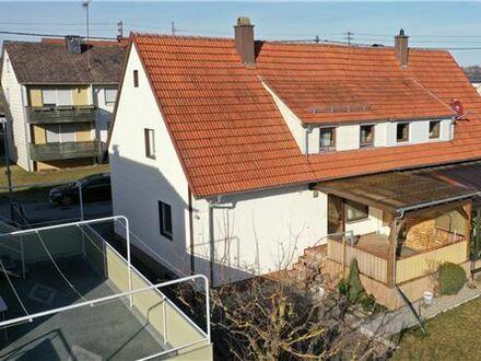 REMAX - Keine Käuferprovision! Doppelhaushälfte zum Modernisieren – ruhige Sackgassenlage – zentrumsnah
