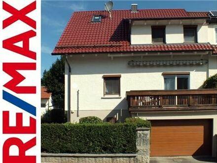 REMAX - Energetisch sanierte Doppelhaushälfte mit guter Verkehrsanbindung